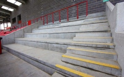 precast concrete stadia units at ebbsfleet football stadium